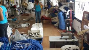 Symaskine i gulvet nederst til højre