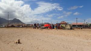 Strand hvor der snakkes og hygges