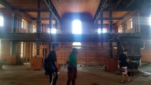 Vi bliver vist rundt inde i katedralen, som er under ombygning