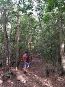 Vi går tur i nationalparken ved Fort Shirley