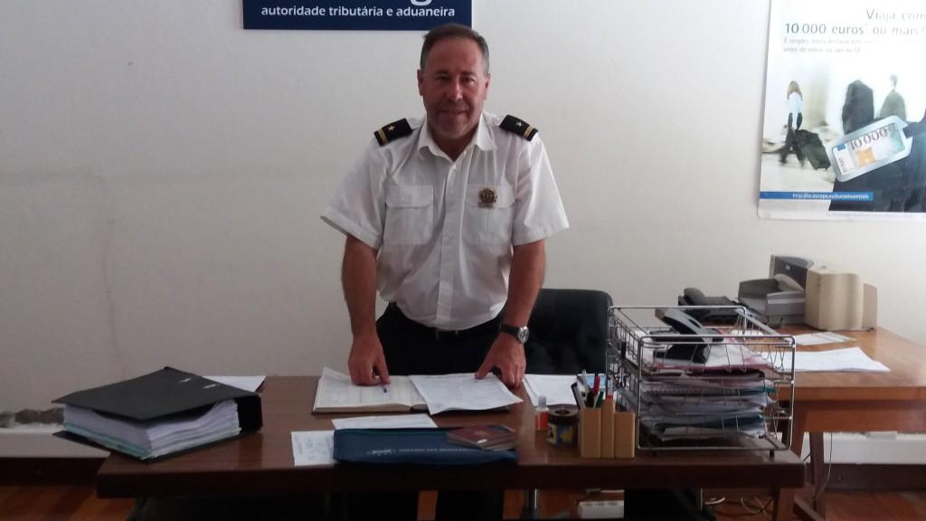 Customs-manden i Ponta Delgada - i bedste østeuropæisk stil