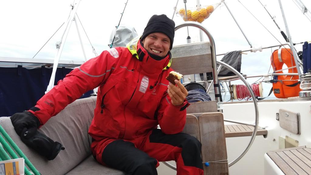 Martin spiser kage - mums